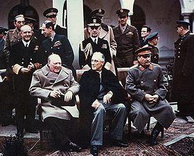 yalta-summit-1945-with-churchill-roosev