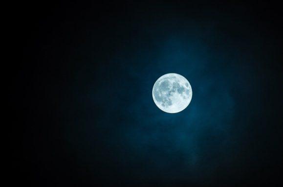 pleine lune, pleine lune du 8 avril, 2020